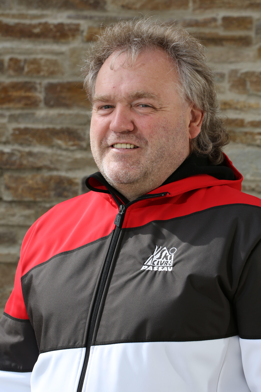 Manfred Luger